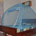 kelambu moden biru